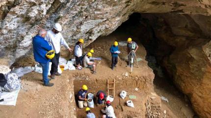 50 000 წლის წინანდელ ნეანდერტალელთა სამოსახლო ცუცხვათის მღვიმოვანში